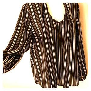 Black&White Striped VNeck Blouse
